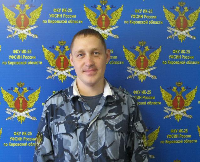 Фото В Кировской области сотрудник УФСИН спас жизнь пострадавшему в ДТП