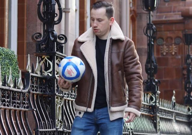 Фото По пути Абрамовича: кировчанин создал в Манчестере крупный футзальный клуб