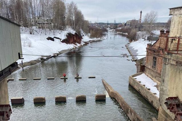 Фото В Кировской области на реках начались первые подвижки льда